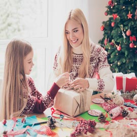 How to teach your kids about money during the holidays